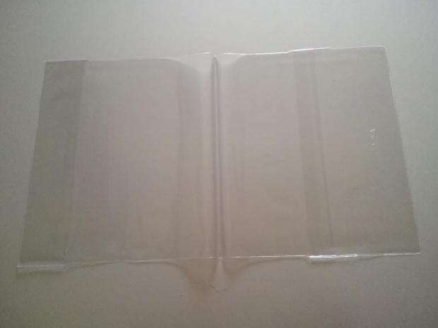 Okładka na książki regulowana  wys 27,4 cm szer 43,5 cm